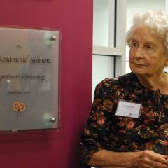 Rosamond Siemon unveiling plaque at IMB