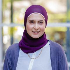 Dr Zeinab Khalil